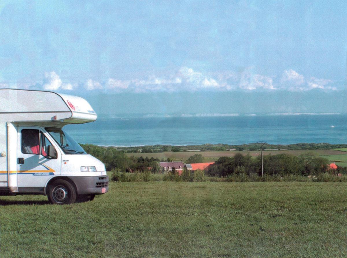 Aire camping-car à Tardinghen (62179) - Photo 1